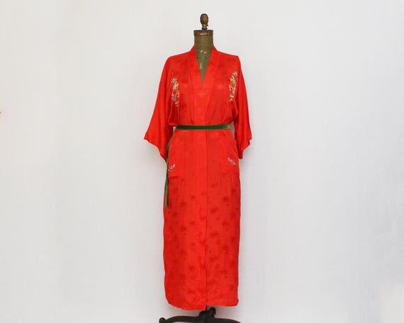 Vintage Red Embroidered Kimono Robe - Size Small