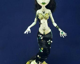 Deep sea mermaid Monster High repaint