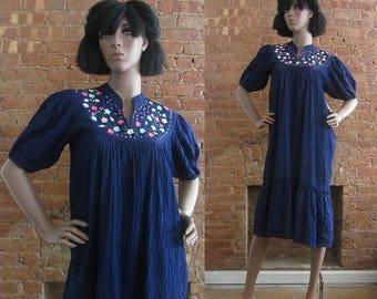 December Sale 1970s blue floral boho tent dress | 70's Ethnic Hippie Midi Dress | M to L