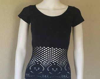 25% off SALE Black dot mesh short sleeve top Sz small