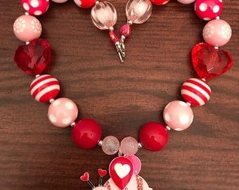 Valentines Pink and Red Bumble Bee Bubble Gum Necklace (Child/Toddler).