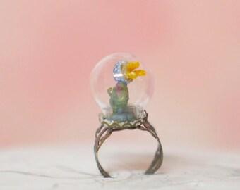 Jellyfish Globe Ring