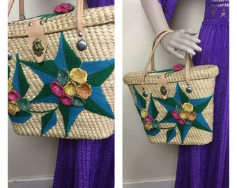 Vintage Mexican straw beach bag Crewl purse ,  1960s  Straw Floral Purse, Sm   handbag, 1950s Rockability