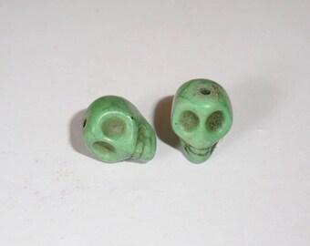 2 x 12mm Green Howlite Skull skull