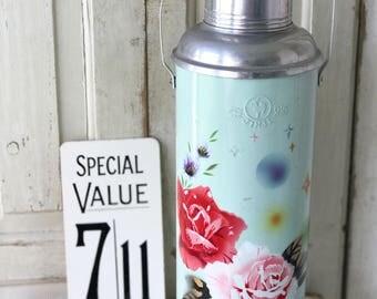 A vintage Jinji flask