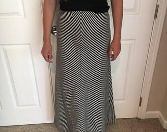 Vintage Jean Louis Scherrer 60's 70s Chevron striped black & WHITE Cheveron striped Wool Maxi Skirt size XS Sz Small/Boho Designer Vintage