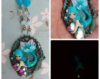Mermaid necklace that shines in the dark on fimo, polymer clay