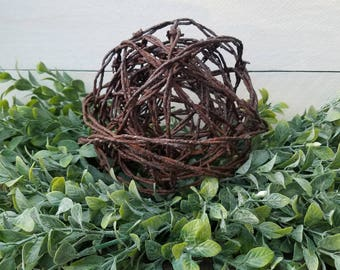 Barbed Wire Ball – Rustic Home Decor – Farmhouse Home Decor – Barbed Wire Decor – Rustic Housewarming Gift – Primitive – Reclaimed Wire