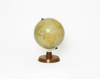 Dutch Globe