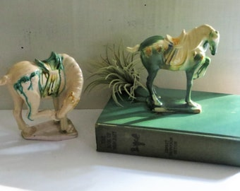 Tang Horse Statue Vintage Porcelain Yellow and Green Chinese Horse Figurine Tang Dynasty Imperial War Horse Sculpture