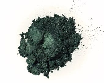 BLACKSTAR GREEN Mineral Eye Shadow - Natural Makeup - Gluten Free Vegan Face Color