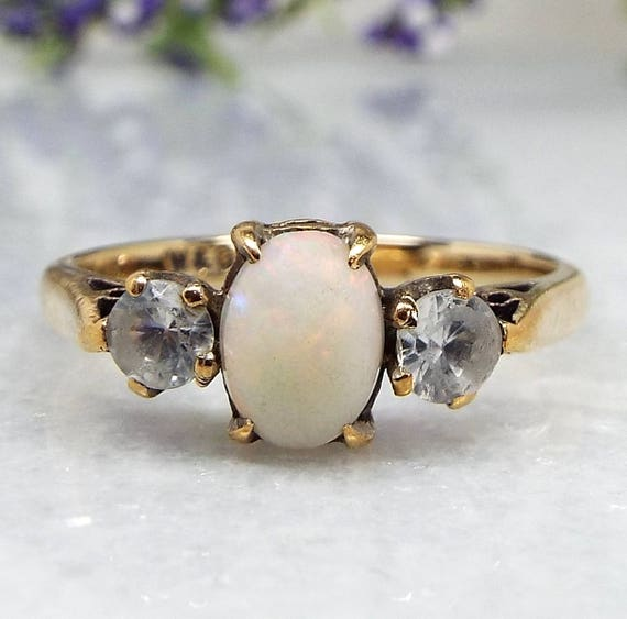 Vintage / 1962 9ct Yellow Gold Opal and White Spinel Trilogy Ring / Size P