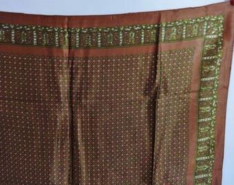 Vintage Italian Paisley scarf 66cm x 66cm