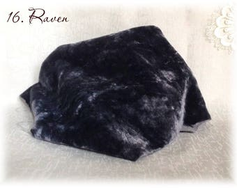 HAND DYED Italian viscose Plush Fabric Raven Col. 16 mm pile with sheen dense 35x25 cm vintage teddy bear making supplies