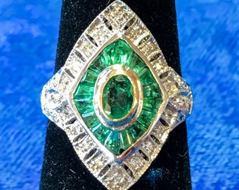 Vintage 18k Gold (Two-Tone) Emerald and Diamond Ring