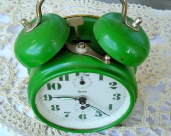 Vintage Alarm Clock INSA /Working Desk Alarm Clock/Made in Yugoslavia/Vintage Green   Mechanical Clock/ Rare Clock/1970s