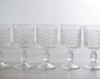 Vintage Icicle Glass Goblets / Set of 5 Textured Scandinavian Finnish Style Finland Cocktail Wine Glasses / Mid-Century Modern Stemware