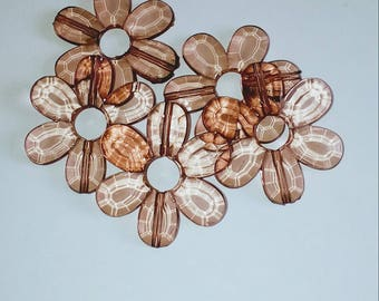 Large 1 X Pearl translucent Brown flower 33mm