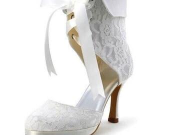 Vintage lace Shoes, Vintage Lace Bridal Shoes, Ivory Bridal Shoes, Ivory Wedding Shoes, Lace Bridal Boots, Lace Wedding Boots, Bridal Shoes