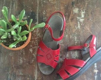 summer sale // 20% off // vintage red leather sandals // strappy diamond design summer sandals // comfort SAS shoes // size 8