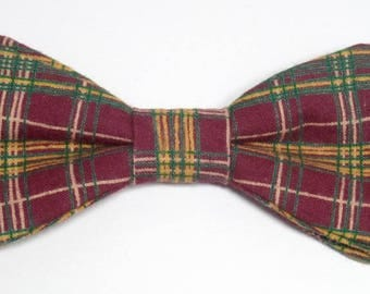 Red bow tie Plaid sewn by hand with straight edges