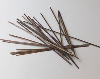 Vintage Thin Metal Strips- Lot of 25, Vintage Street Sweeper Bristles; Salvaged Rustic Metal Sticks/Stems (Inventory #2)