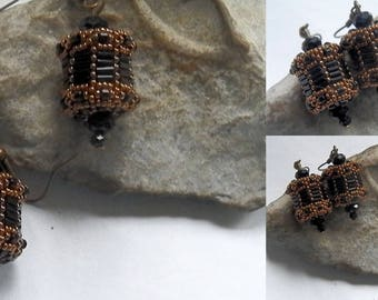 Black and bronze seed bead weaving earrings