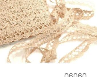 6060 - 18 mm ivory cotton lace Ribbon