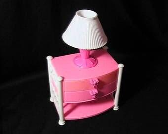 Vintage 1992 Mattel Pink Barbie Dreamhouse Bureau and Lamp