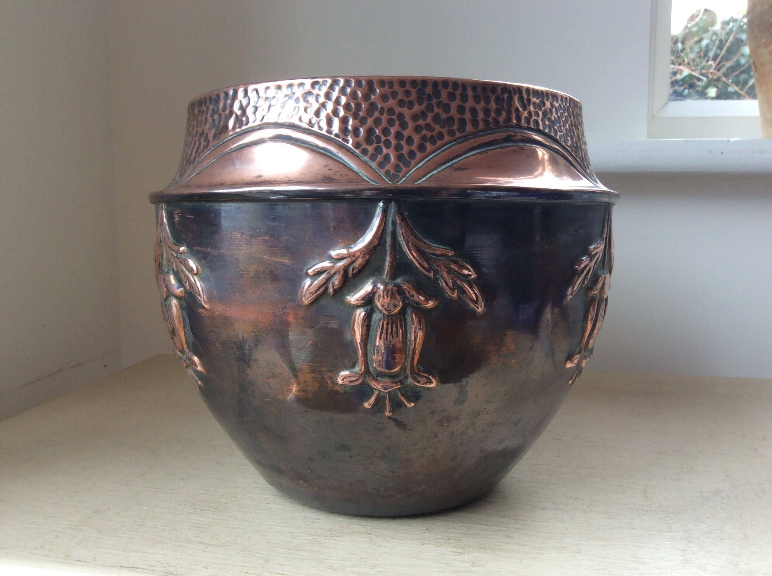 C1920s decorative antique hammered repousse copper for Jardiniere decorative
