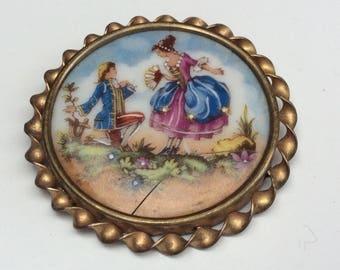 Pretty Renaissance Courting Couple Porcelain Siegel Paris Limoges Fragonard Brooch - Damaged