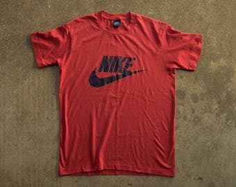 80s Nike T-shirt L - Blue Tag Nike Shirt L - Red Nike Swoosh Shirt Men's Large - Vintage 1980s Nike Shirt - 80s Nike Shirt L  Red Nike Shirt