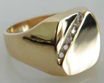 Vintage 14K Gold & Diamond Ring size 10.5