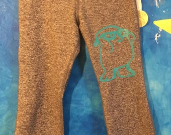 Adipose capris, Doctor Who inspired capris, Activewear, Nerdy gym clothes