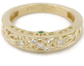 Emerald and Diamonds Wedding Band, Yellow gold ring, Leaf Vine scroll bands