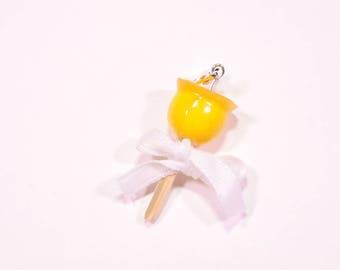 Lemon love Apple charms