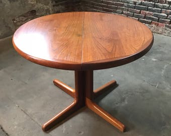 Mid century dining table Dyrlund dining table mid century modern dining table danish modern dining table