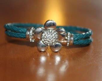 Leather Bracelet braided green duck, flower magnetic clasp and rhinestone