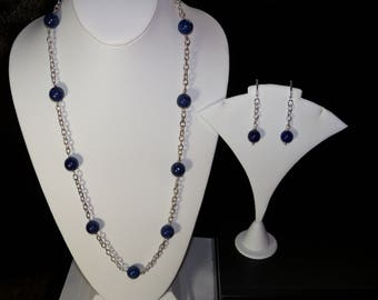 A Beautiful Lapis Lazuli  Necklace and Earrings. (2017196)