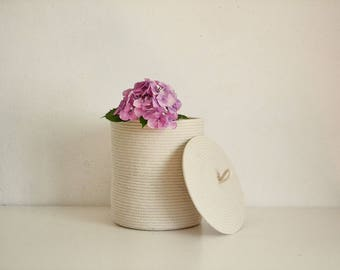 Lidded basket, Storage basket, Rope basket, Basket with lid, Woaven basket, Medium basket, Minimal basket, Scandinavian design basket