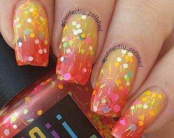 On Sale 2 me u r perfect - Thermal  Nail polish Boii