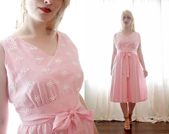 Vintage 1960s soft baby pink cotton eyelet embroidered details apron wrap sundress sun dress Leslie Fay 60s