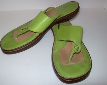 BORN Shoes, 9, Lime Green Leather Thongs, Flip Flops, Never Worn, see details