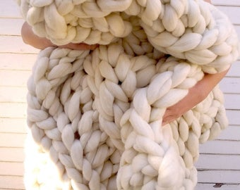 ON SALE Chunky Knit Blanket, Huge Super Chunky Knit Merino Wool Blanket  60 x 60 Giant Knit, Extreme Knitting, Extra Chunky Wool Blanket, Bu