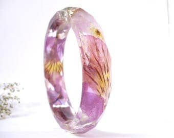 Pressed Flower Bangle - Real Flower Bangle - Floral Resin Bangle - Floral Resin Jewelry - Faceted Bangle - Pink Flower Bracelet - Resin