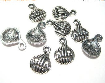 50% OFF Clearance Sale-- Antique Silver Halloween Pumpkin Charms Pendants