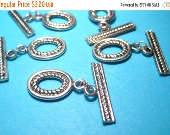 50% OFF Clearance Sale-- 10 Sets Antique Silver Toggle Clasp Oval