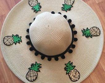 Sequin Pineapple Floppy Straw hat