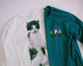 APA | Cat Long Sleeve T-shirt - Cat Apparel Fall Winter Nice Graphics