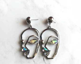 The iridescent eyes earrings